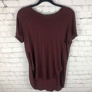 Aritzia Wilfred Red Hi-Lo Short Sleeve Tee Large